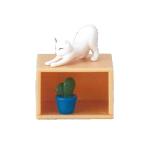 日本直送 貓公仔擺設 架上的貓兒 與仙人掌相伴的伸展貓貓 3枚入 生活用品超級市場 貓咪精品