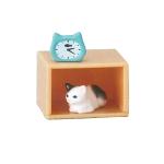 日本直送 貓公仔擺設 架上的貓兒 與鬧鐘相伴的貓貓 3枚入 生活用品超級市場 貓咪精品