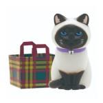 日本直送 貓公仔擺設 放在紙袋内的貓2 配方格紙袋一個入 生活用品超級市場 貓咪精品